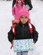 Schulkind aus Serbien